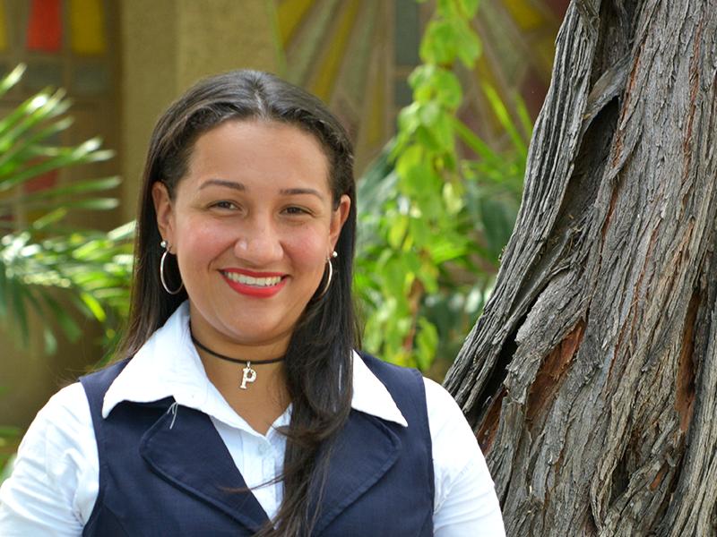 Paola-Silva-Secretaria-Primaria